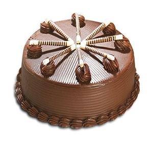 Fancy Design Chocolate Cake