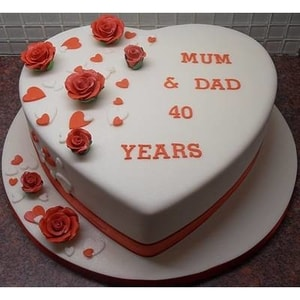 Hearty Designed Cake