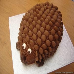 A Porcupine Designed Cake