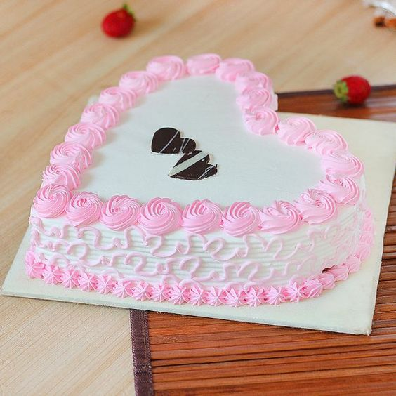 Beautiful womens day cake