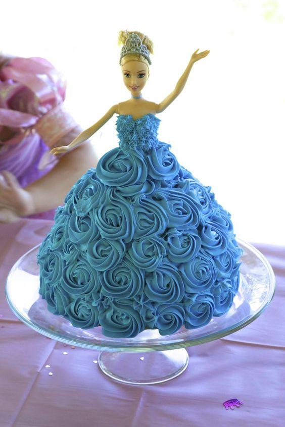Cute blue barbiecake