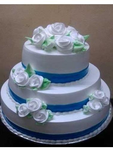 3 tier cream cake